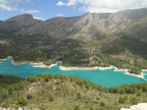 Guadalest lake