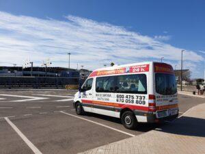 Shuttlebus der Victoria-Autovermietung am Flughafen Valencia